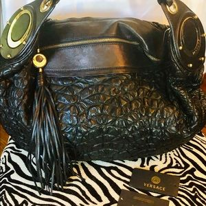 Versace, Exquisite Black Lamb Shoulder Bag